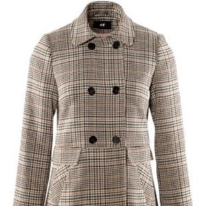 H&M lined check coat in camel. Size 6. EUc